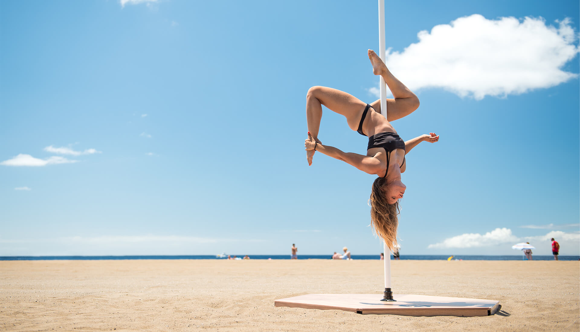 Podium pole dance personnalise
